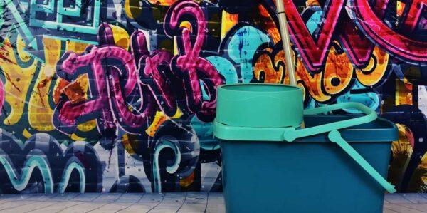 Service card –graffiti removal