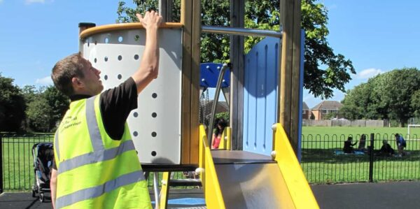 Service card – playground equipment inspenction